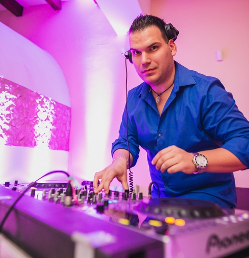 Esküvői DJ Budapest - Vinch Enzo